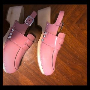 Pink hunter clogs, worn once